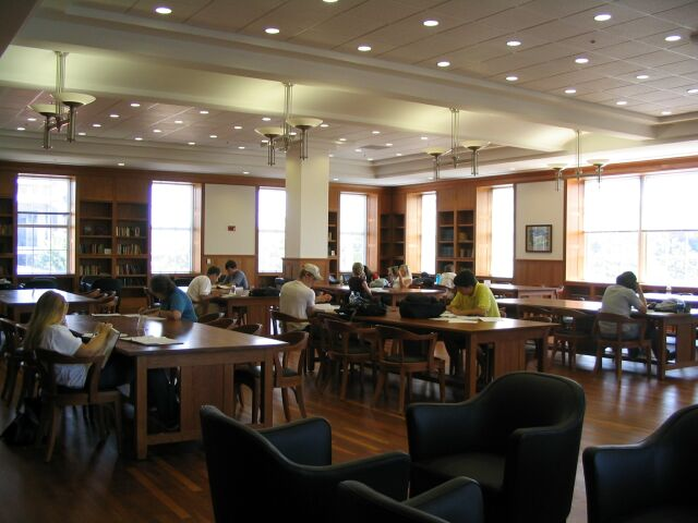 Wider angle of MLC Reading Room with students